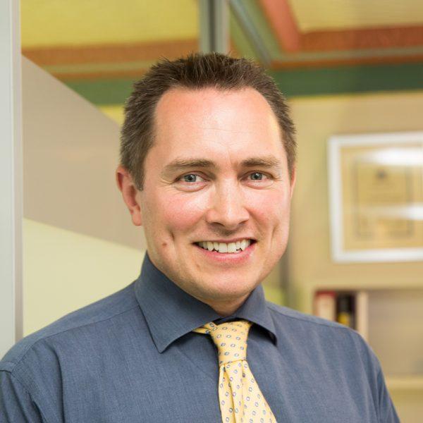 Dr. Patrick Garratt
